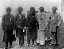 כהני דת מאסיה, במרכז סוואמי ויוקננדה